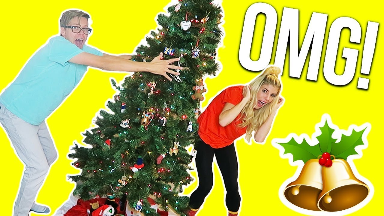 DECORATING CHALLENGE GONE WRONG! GIANT ACCIDENT! (DAY 322)