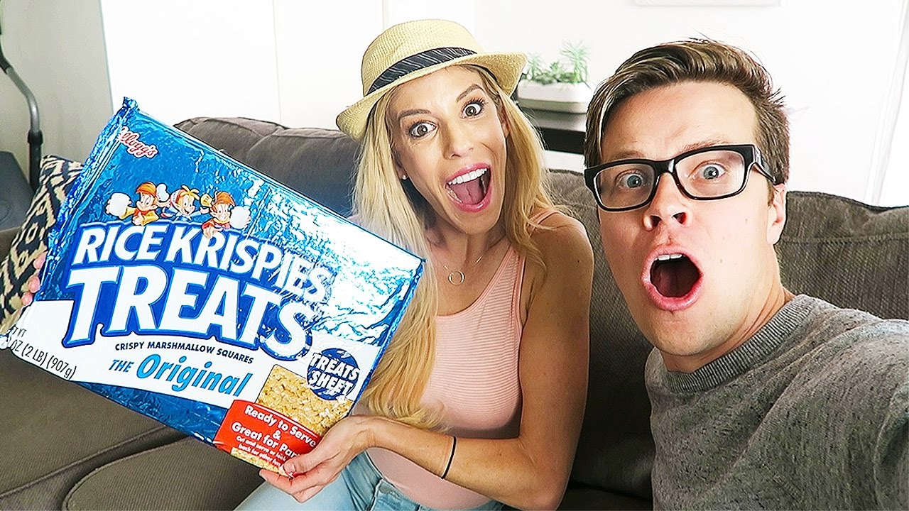 TRYING THE WORLD'S LARGEST RICE KRISPIE TREATS - (DAY 102)